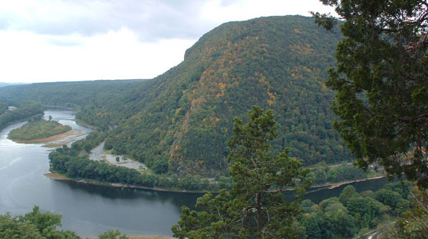 NJ's Mt. Tammany seen from the PA side of the Water Gap