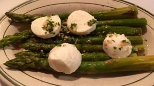 """Asparagus """"salad"""" with mozzarella."""